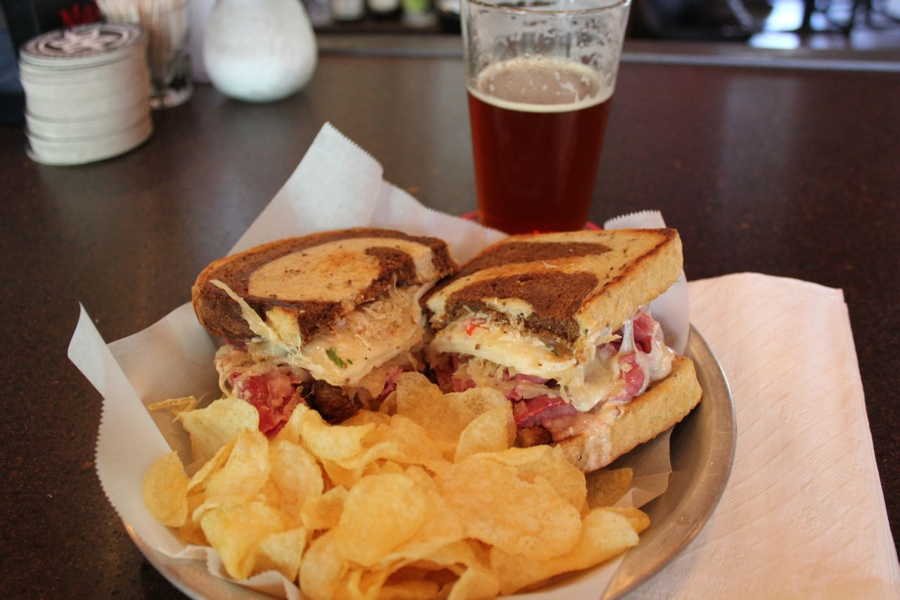 waller-creek-pub-house-reuben